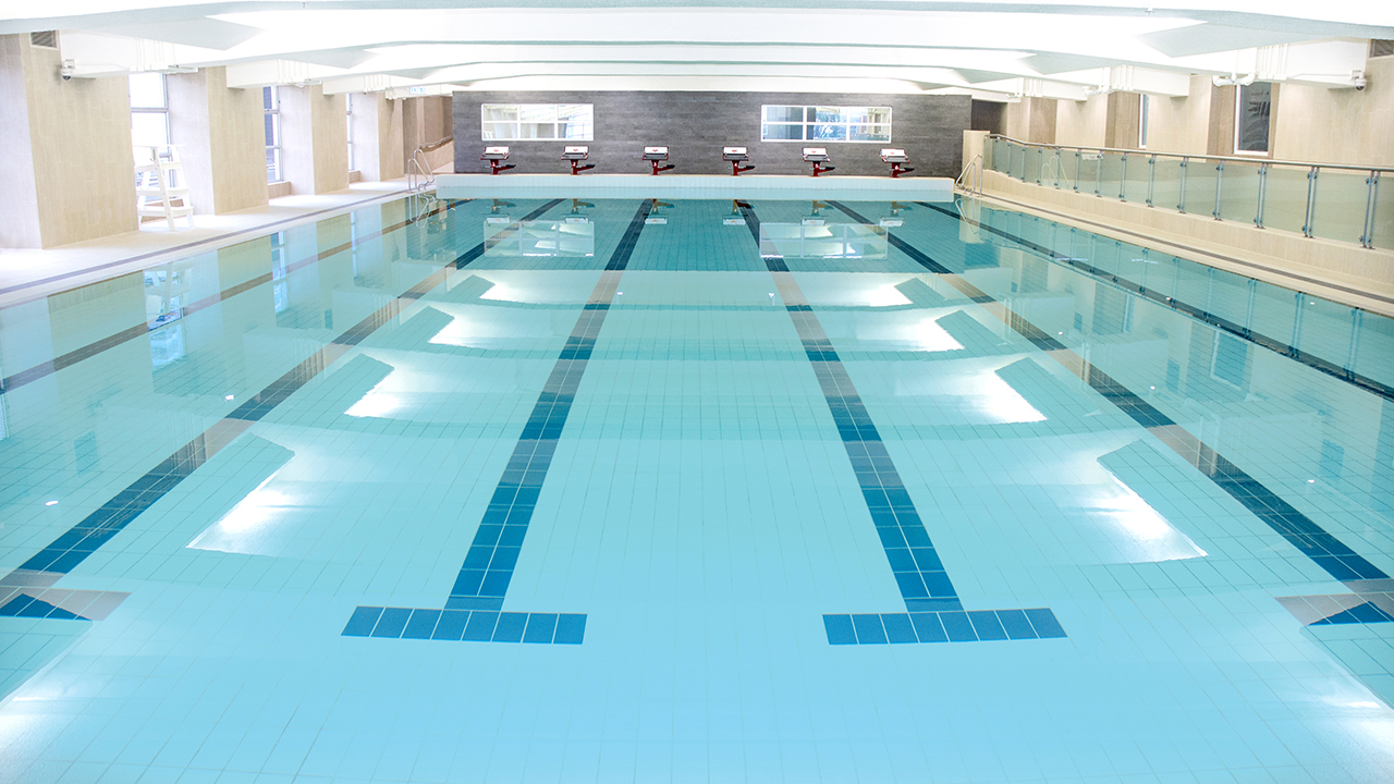 The salisbury ymca of hong kong facilities for Good temperature for swimming pool